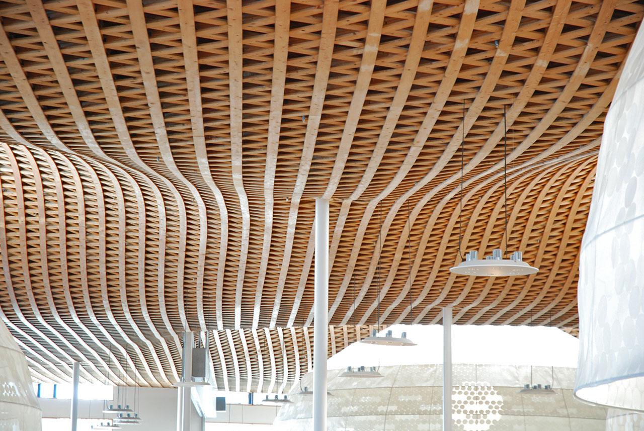 Internationale Zusammenarbeit zu innovativem Holzbau und Erdbebensicherheit mit Japan