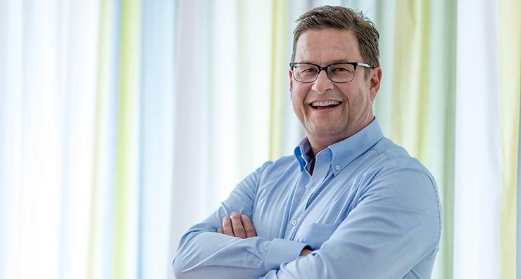 Rainer Mayer, Personalberater für IT
