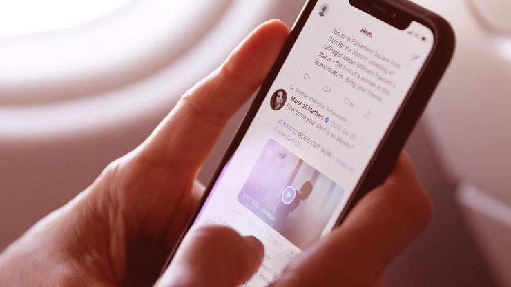 social media dolmetscher fehler versicherung