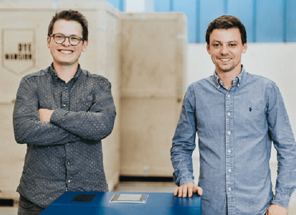 Felix Ewald und Philipp Kramer, Gründer von DyeMansion